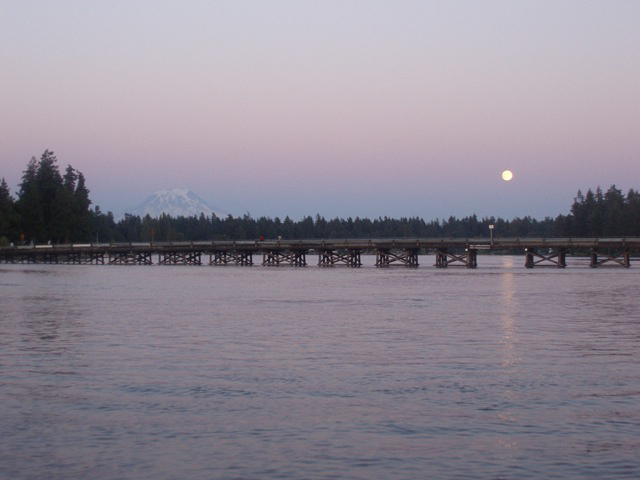 bridge, mtn, moon